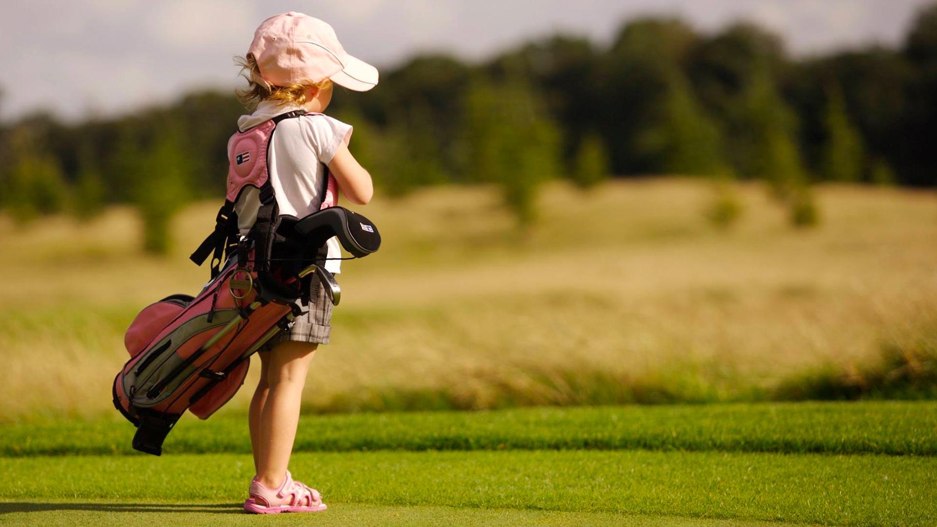 Cursos de golf trimestrales para niños